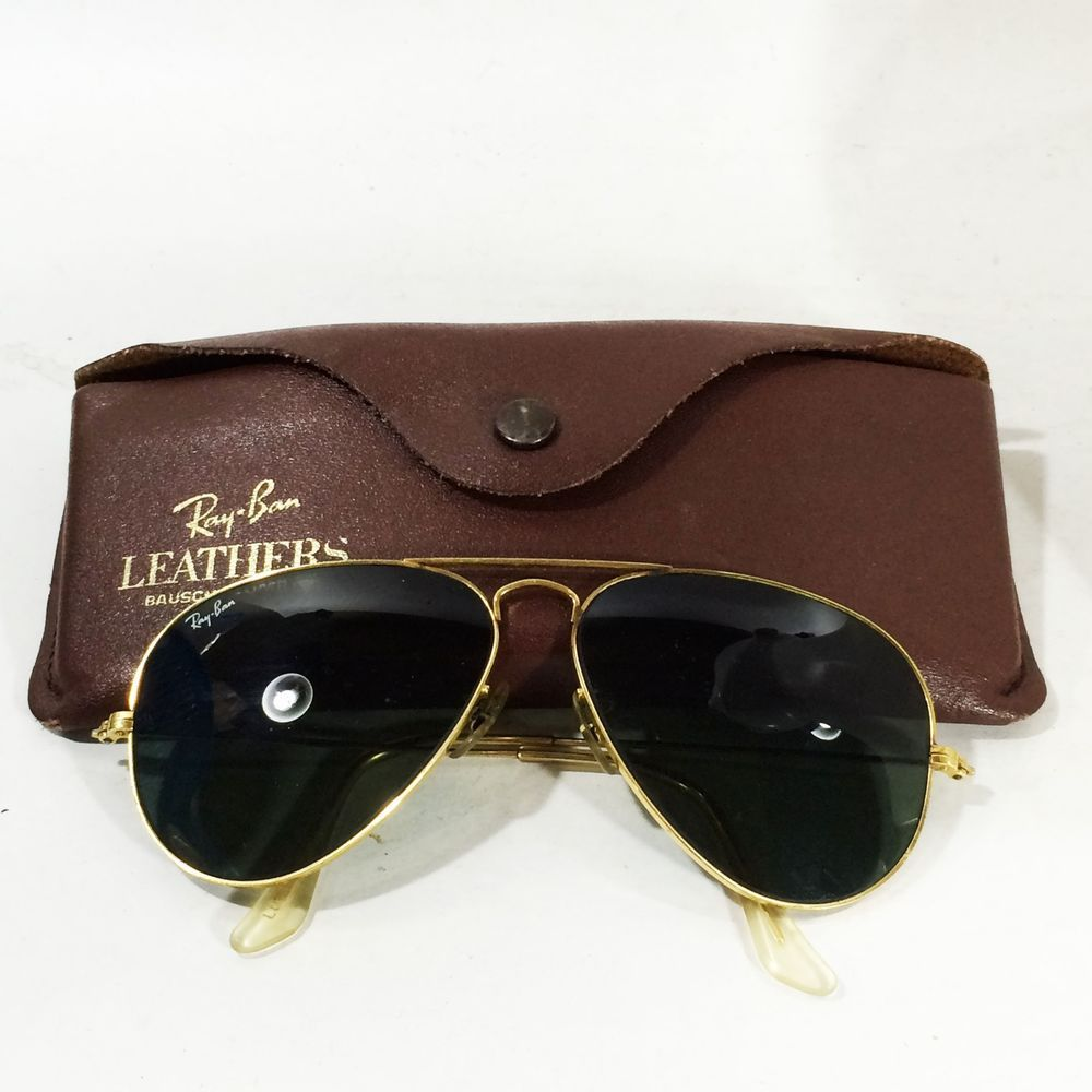 1570aae0ea3 Vtg RAYBAN USA Bausch   Lomb Aviator Gold Tone Frame   Leather Case LO205  WNAS  RAYBAN  Aviator
