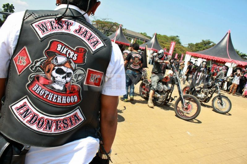 Bikers Brotherhood Motorcycle Club Gathers In Bandung Motorcycle Clubs Biker Clubs Biker