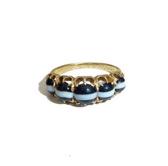 Banded Agate Five Stone Half Hoop Band, Engraved 1906, High Carat Gold