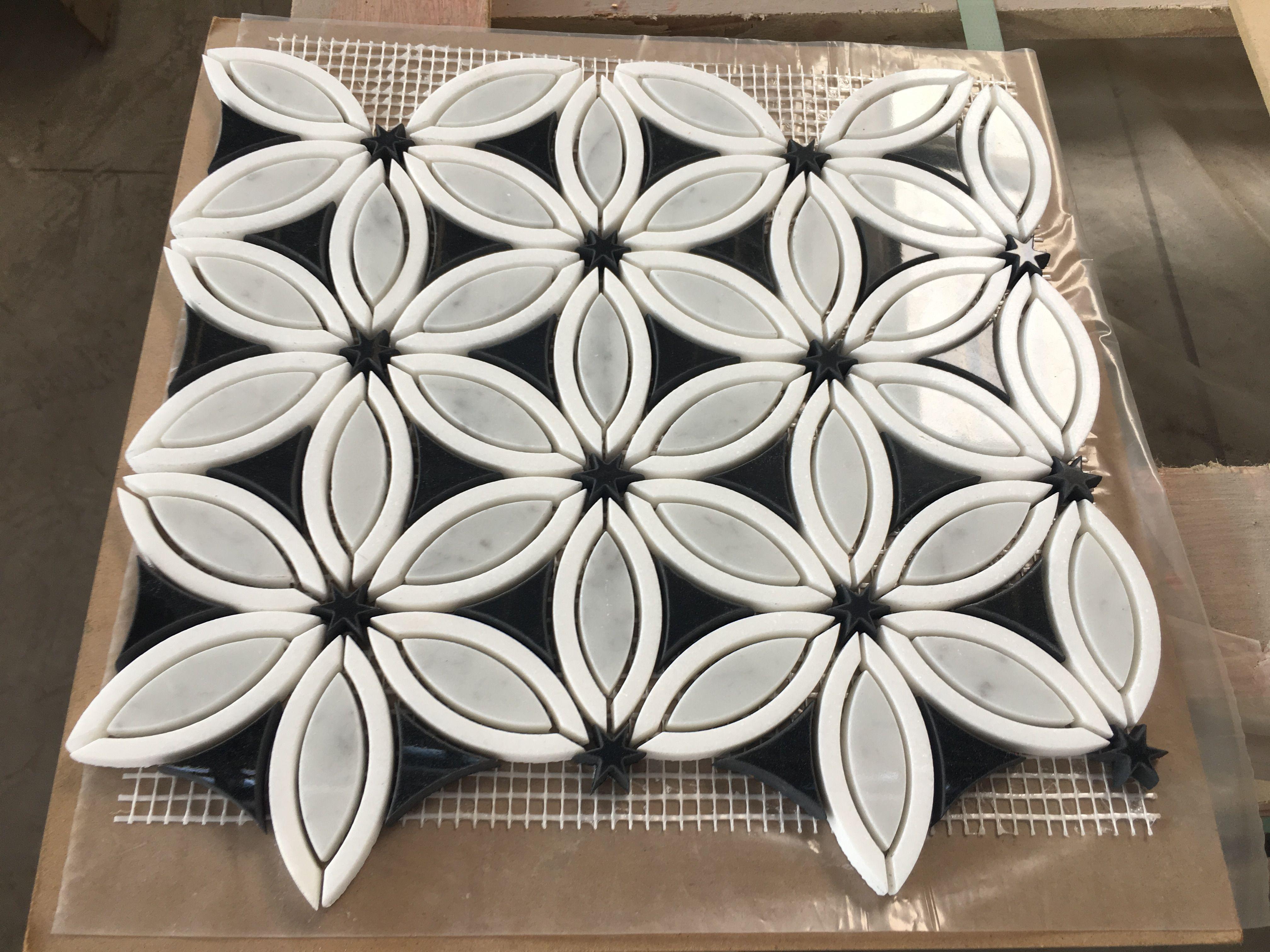 New Design Flower Pattern Water Jet Cutting Marble Mosaic