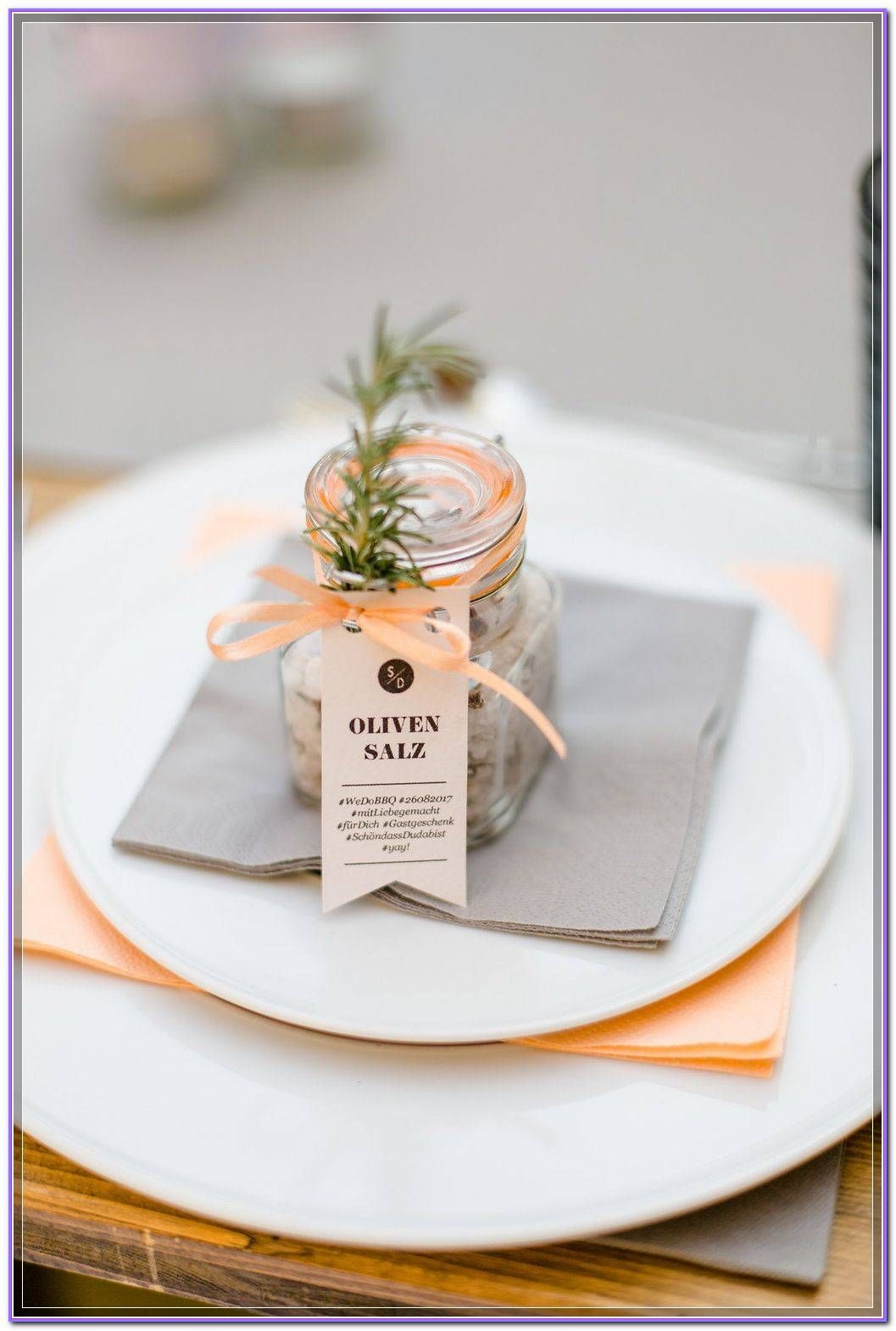 Here are some excellent tips to help you take the stress out of your wedding planning, and add a semblance of order >>> Read more info by clicking the link on the image.