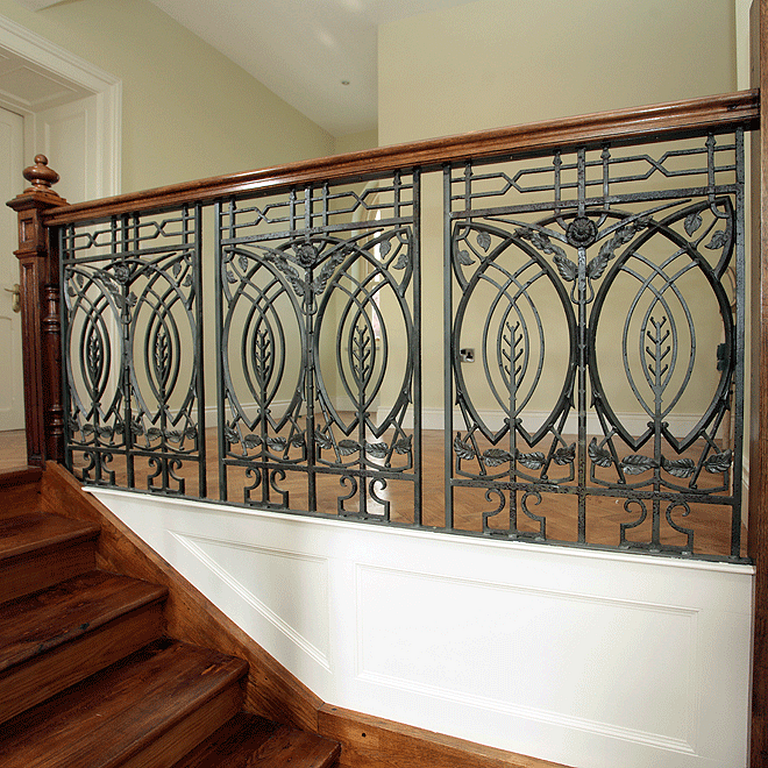 20 Stunning Art Deco Stair Railing Designs For Modern Home Interior Stair Railing Design Railing Design Wrought Iron Staircase