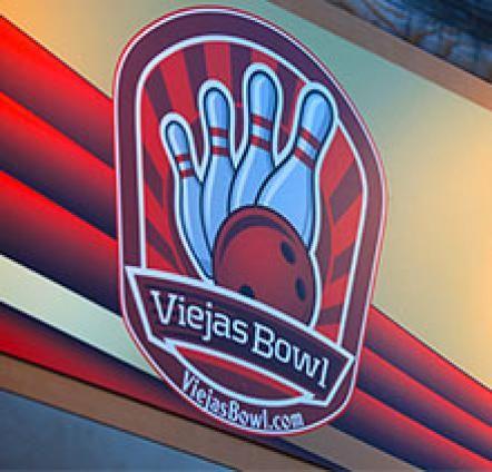 Viejas casino miniature golf download game htc touch diamond 2
