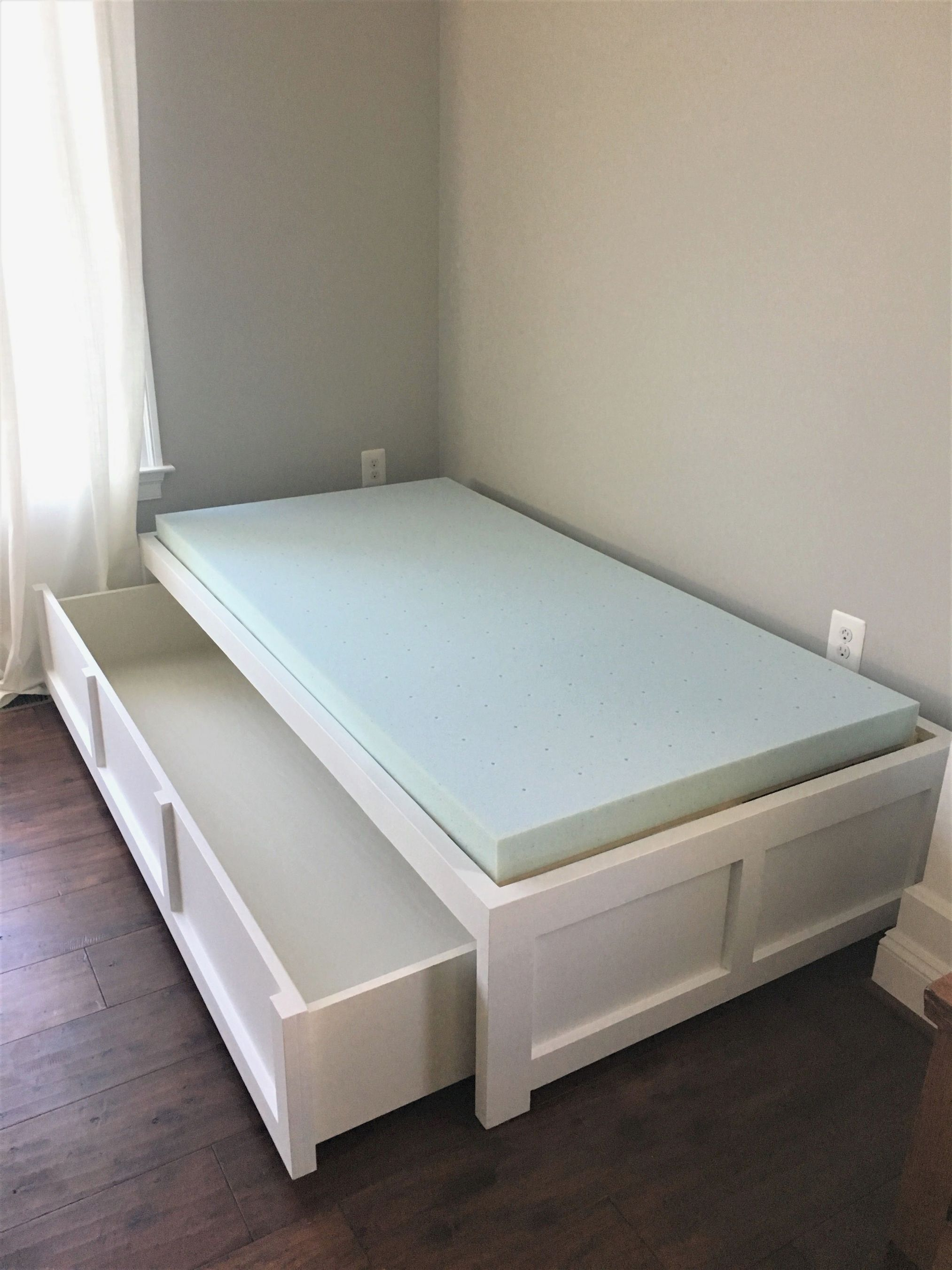 Ana white daybed with storage diy projects