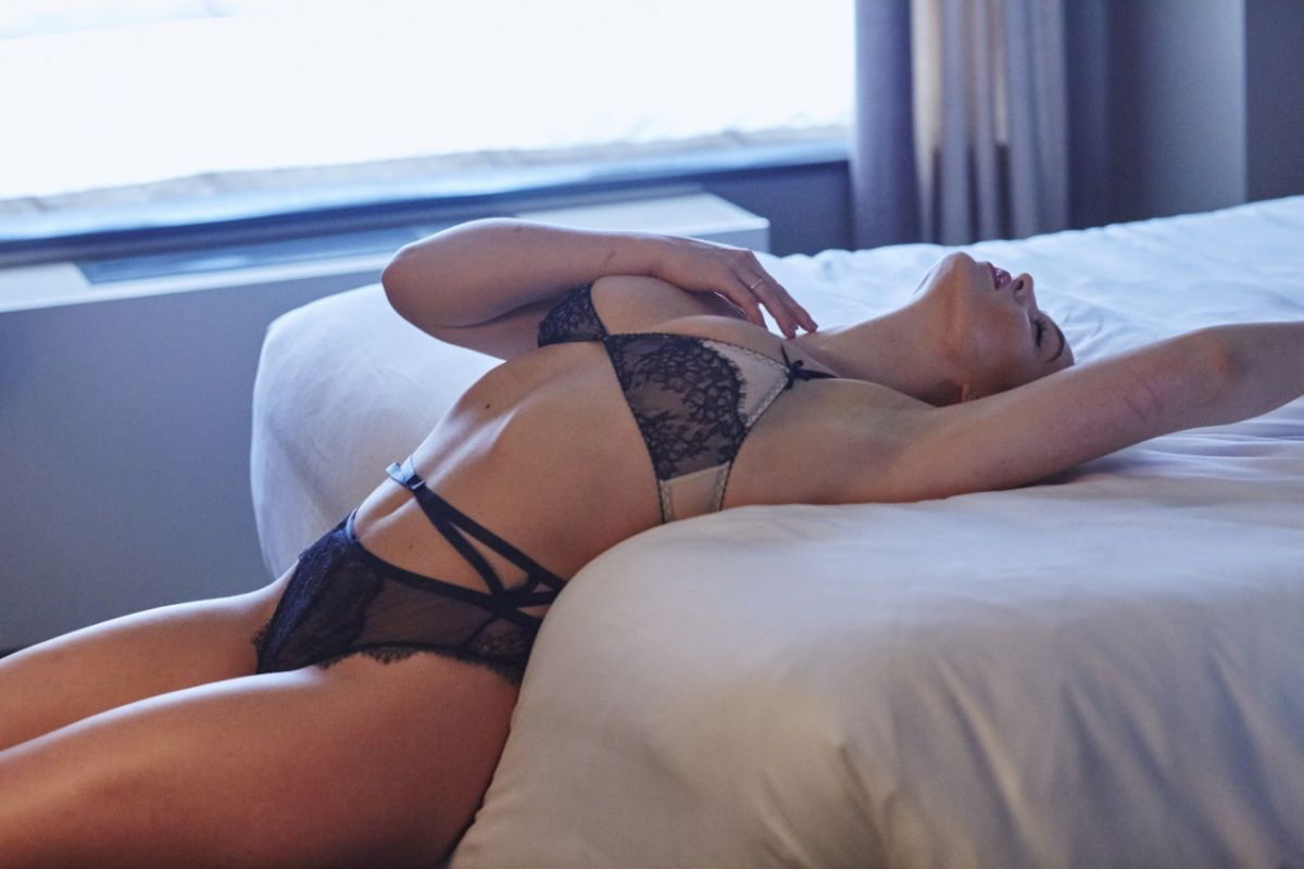 Iskra Lawrence - Hotel Ma Cherie photoshoot - 2015 | Sexy ...