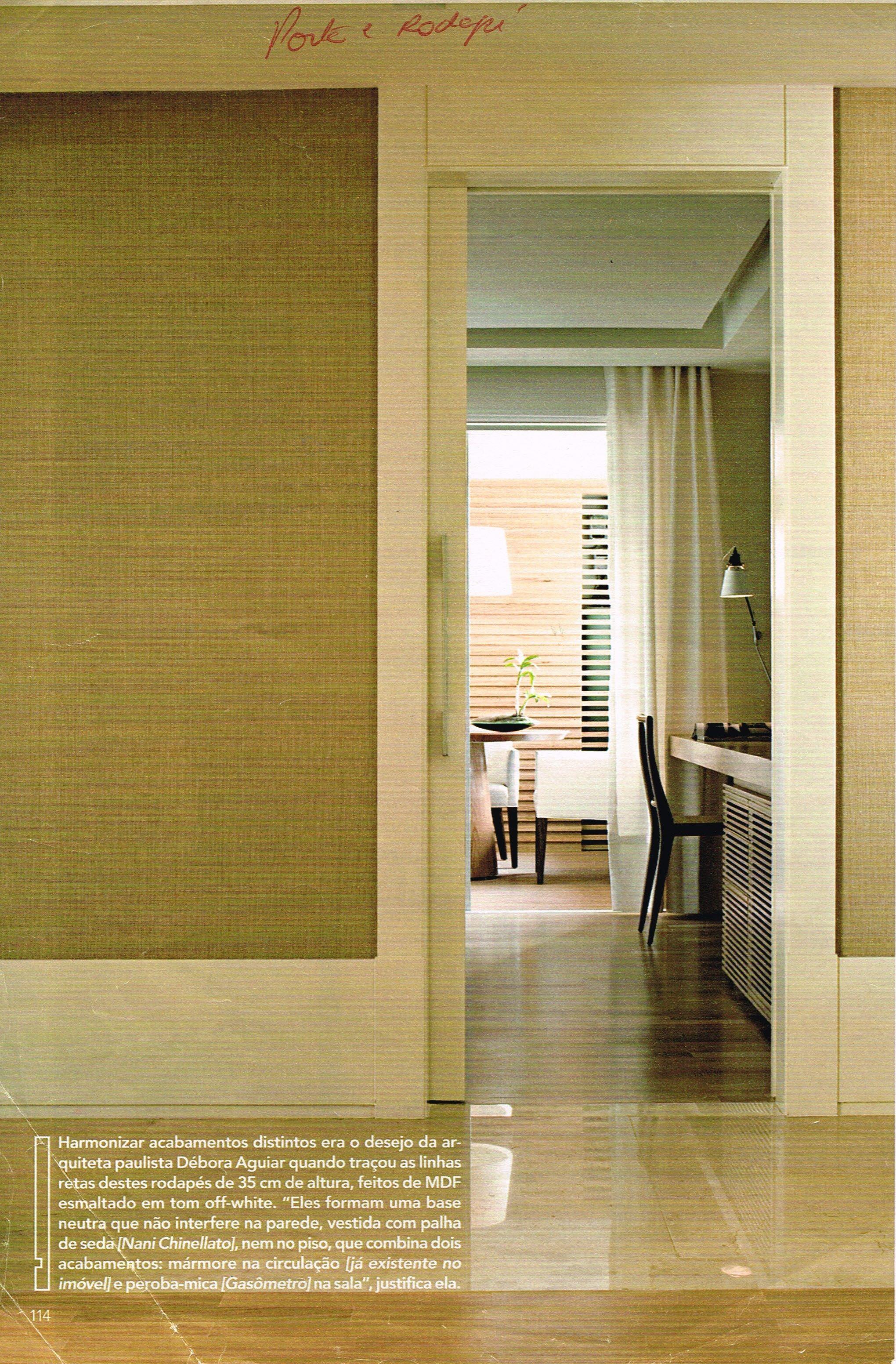 Porta e rodap alto mesmo material bandeira esquadrias - Papel pared entrada ...