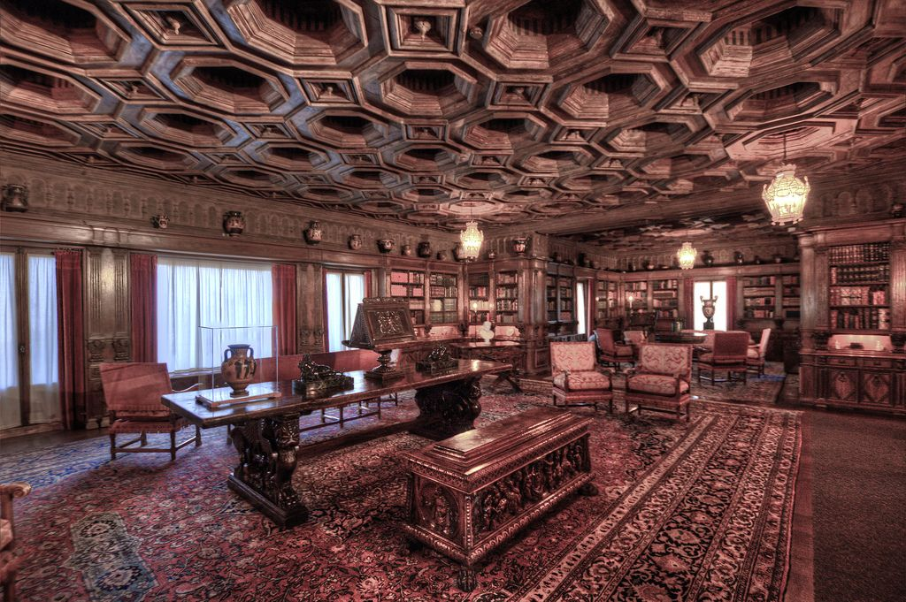 Hearst Castle Library | Ideas for the House | Mansion rooms