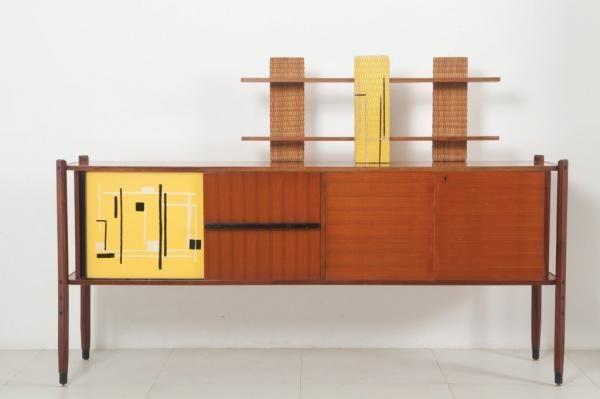 UNA CREDENZA, anni \'60 - Ferro verniciato, legno di teak, legno ...