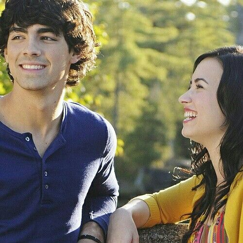 Camprock 2 The Final Jam 2010 Shane Mitchie Camp Rock Old Disney Channel Demi And Joe