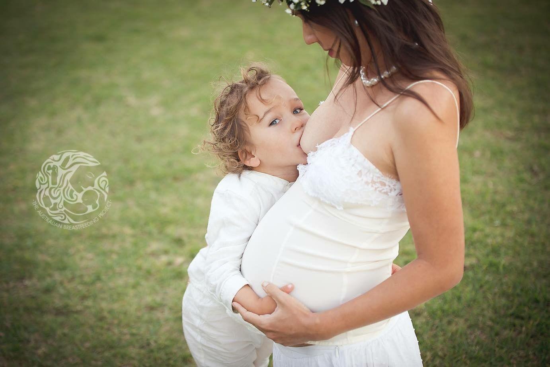 Breastfeeding And Pregnant Photography-Australian -4052