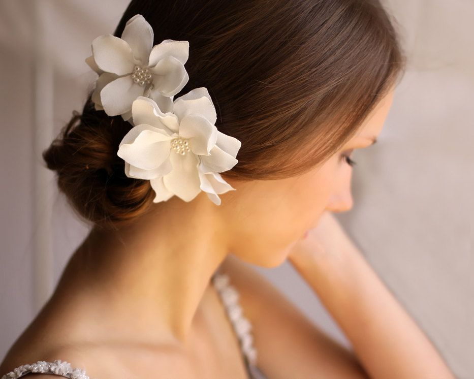 wedding hair piece ivory magnolia hair flower clip by florentes 46 00