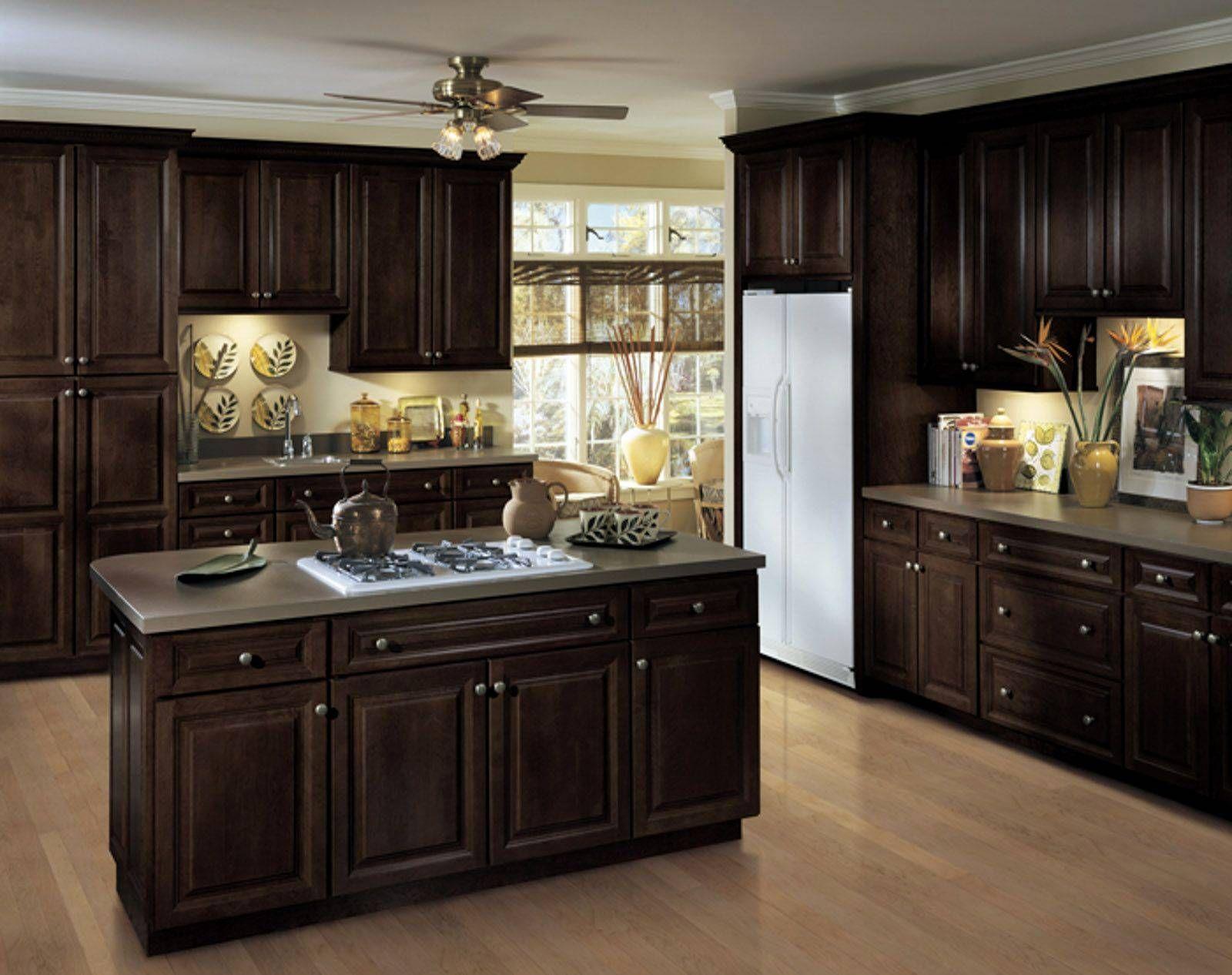 Kuche Kabinett Hardware Louisville Ky Eine Minimalistische Kuche Design Ohne Gehause Hardw Kitchen Dinning Room Used Kitchen Cabinets Brown Kitchen Cabinets