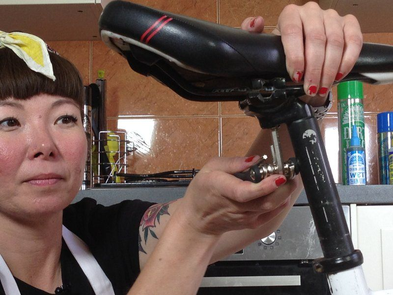 How To Adjust Saddle Height And Angle Bicycle Spin Bikes