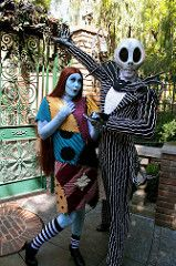 Jack Skellington and Sally (snow1937white) Tags: halloween disneyland disney sally jackskellington nightmarebeforechristmas neworleanssquare hauntedmansionholiday jackandsally thenightmarebeforechristmas disneylandresort halloweentime disneyentertainment