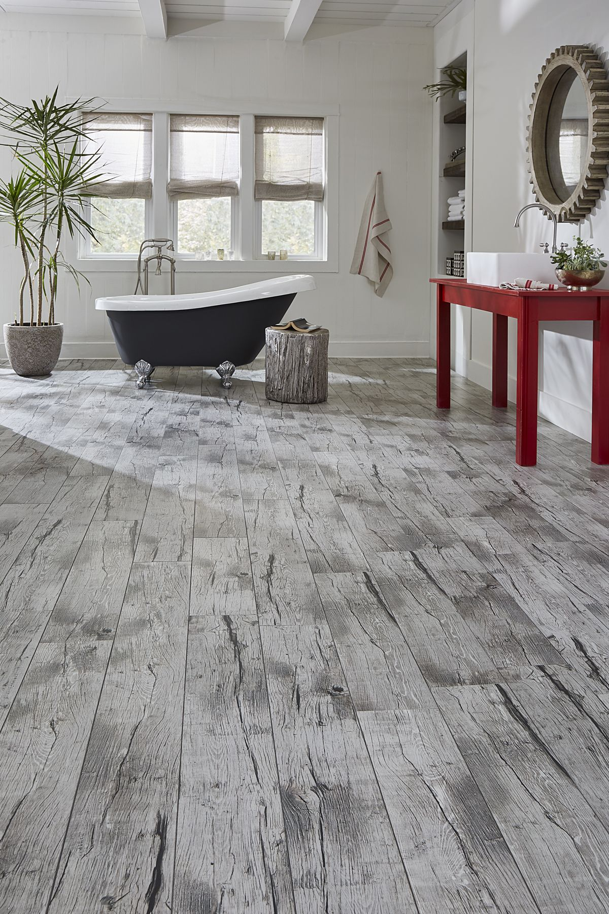 Worry Proof Your Home With The Best Selection Of Waterproof Floors Like Felsen S Port Haven Oak Ccp It Has All Benefits Tile But Clicks Together
