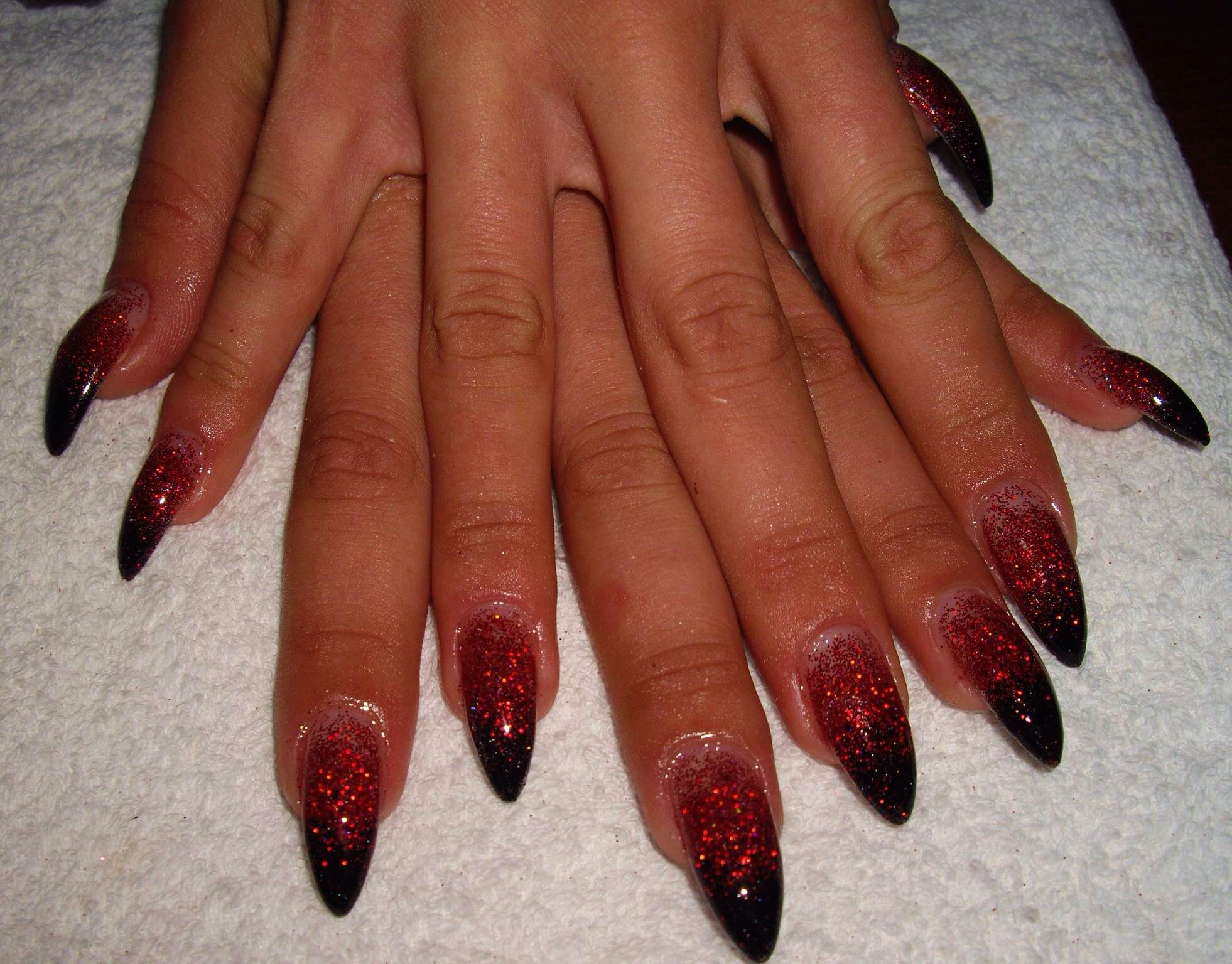 Black Red Ombré glitter gel nails Stiletto nails Almond nails Nail ...
