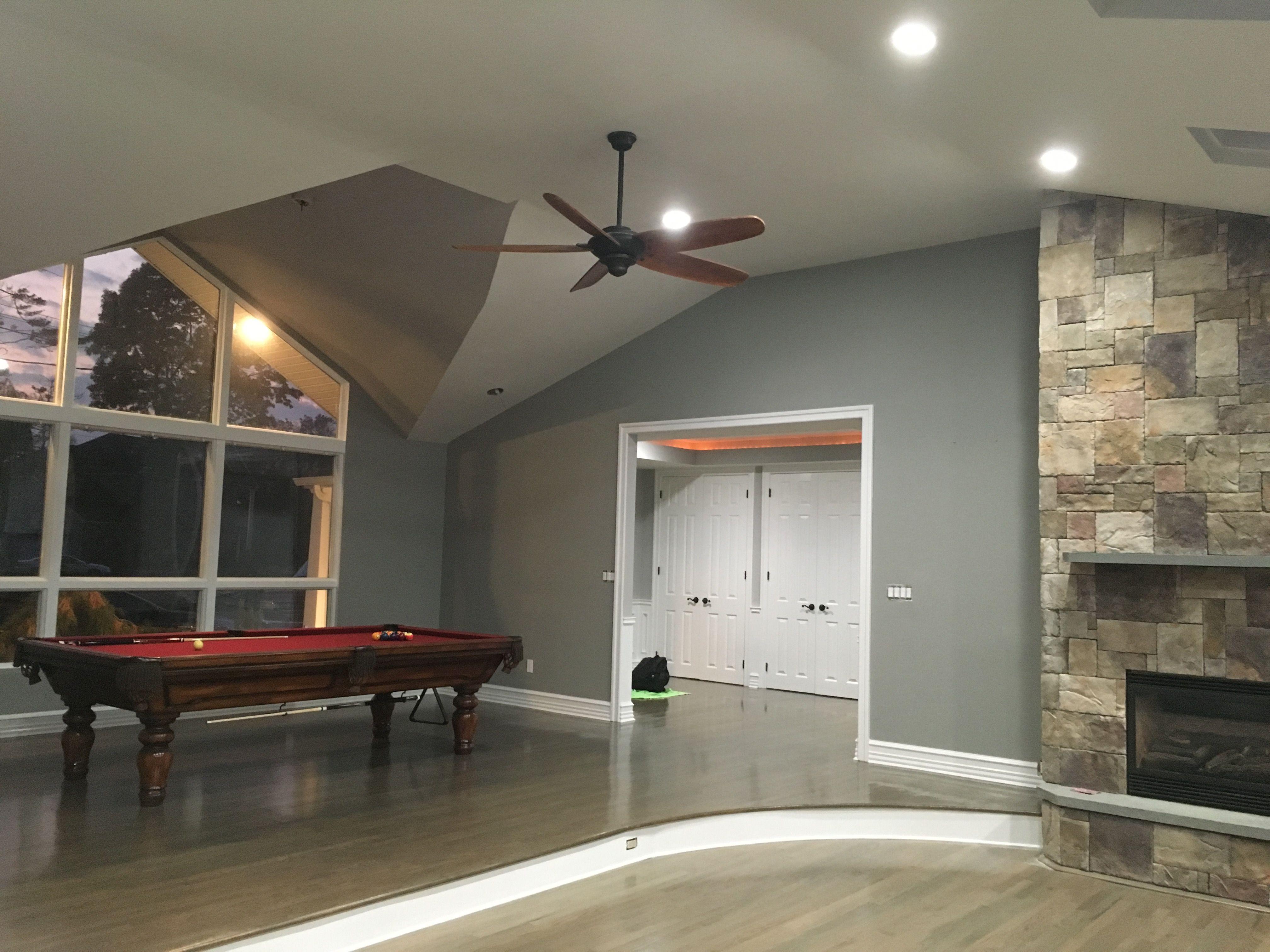 Walls Benjamin Moore Pm 7 Platinum Gray Ceiling Benjamin Moore 1548 Classic Gray Floor