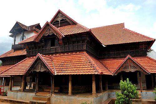 Old model house in kerala