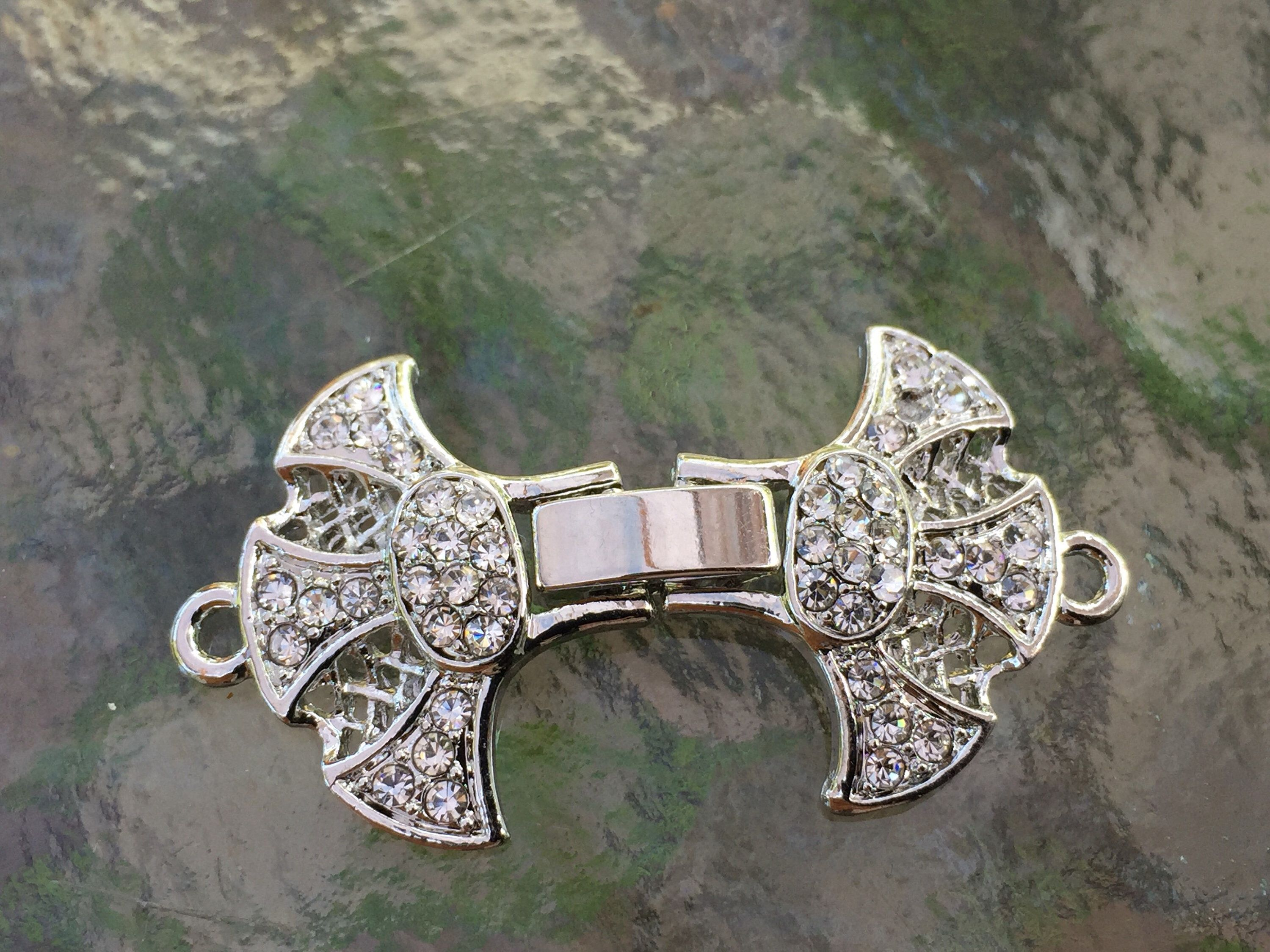 silver plated with rhinestones Original Design T02S Octopus Toggle Clasp,