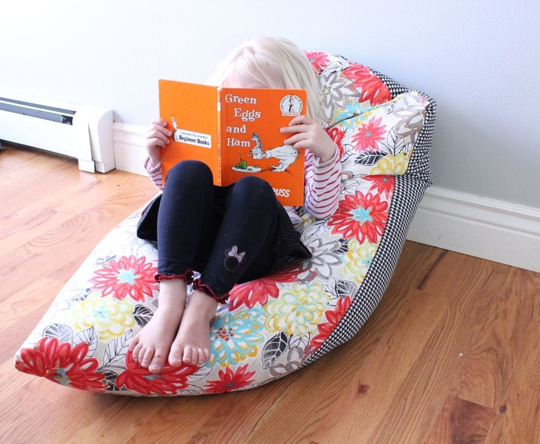 super simple diy kids bean bag chair a step by step tutorial kids bean bag chairs kids bean. Black Bedroom Furniture Sets. Home Design Ideas