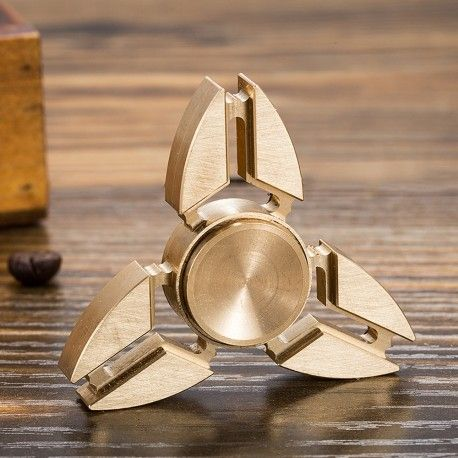 hand spinner prestige m tal gadget concentration fidget antistress fun insolite spinner. Black Bedroom Furniture Sets. Home Design Ideas