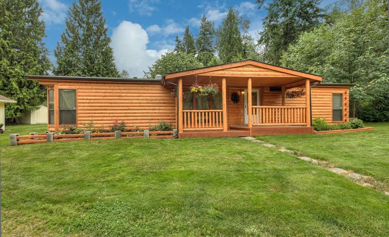 Single wide mobile home cedar browse some examples of for 4 bed log cabins for sale