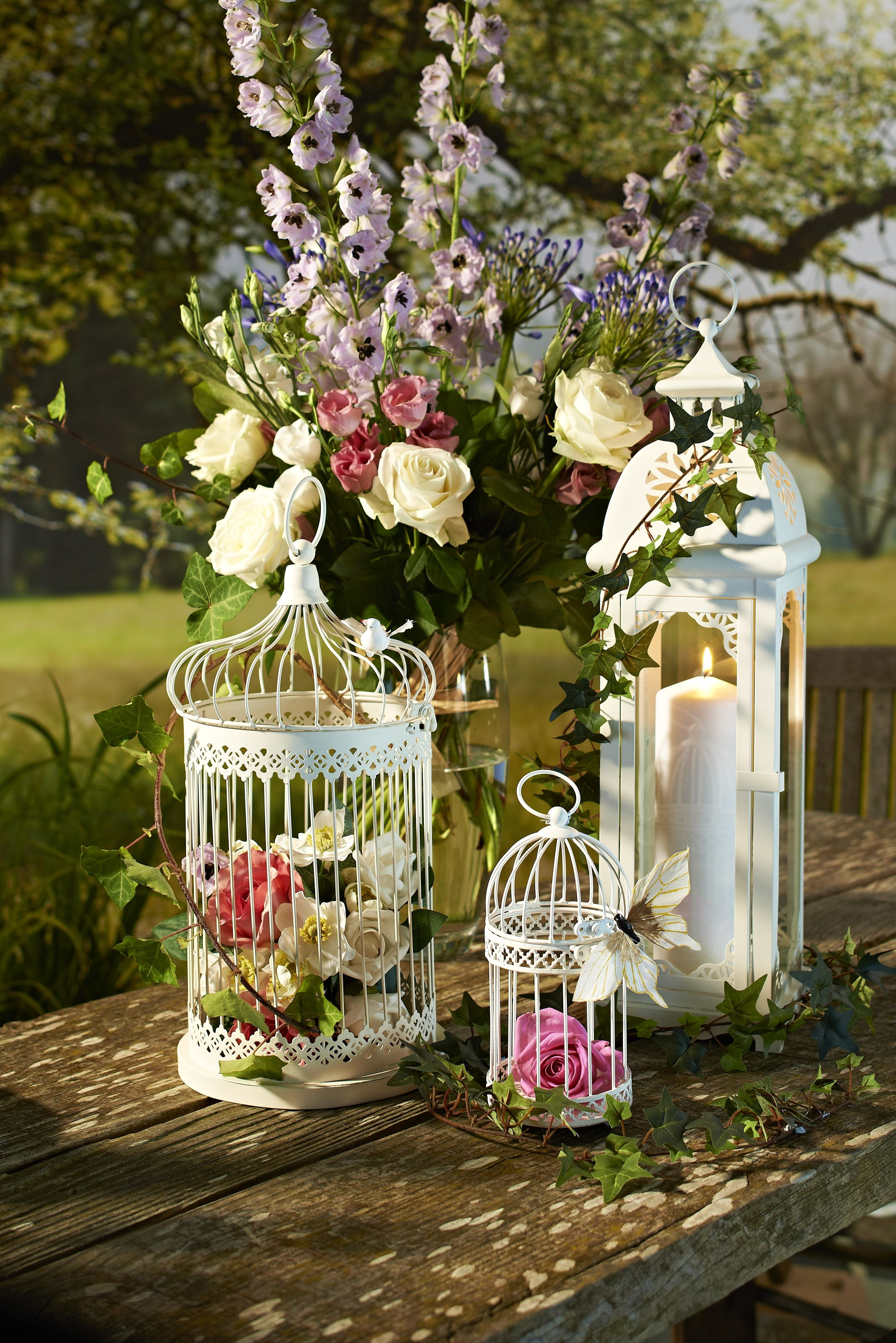 Lovely Table Or Outside Decorations For A Summer Wedding Http