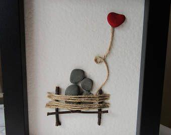 Kieselkunst / Kunst der Liebe / Geschenk aus Naturstein Geschenk / Kunst stehend ...  #2019giftideas #geschenk #kieselkunst #kunst #liebe #naturstein