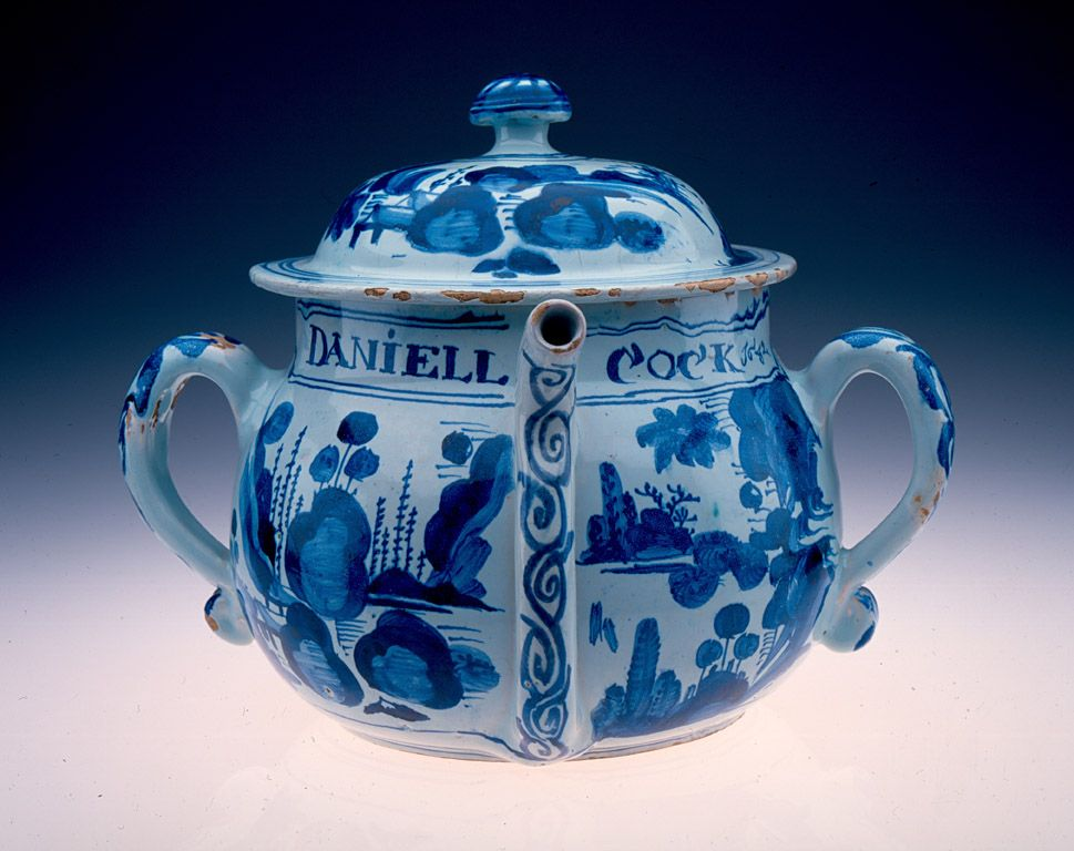 Unknown Artist Posset Pot 1682 Tin Glazed Earthenware Gift From The Exposition Company For The Frances And Emory Cocke Collecti Blanc Bleu Bleu Faience
