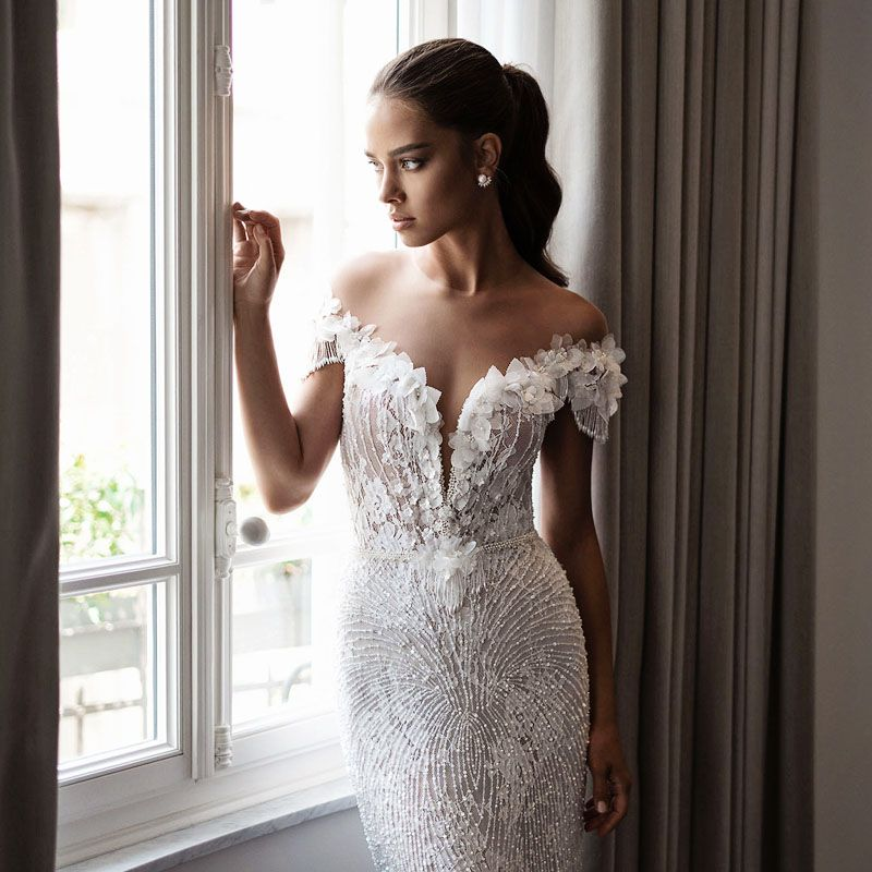 20 Sexy but Classy Wedding Dresses That Will Take His Breath Away ...