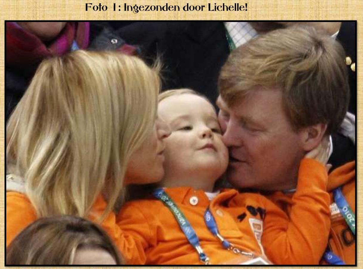 Prinses Ariane krijgt een kus van haar vader én moeder tijdens de ...