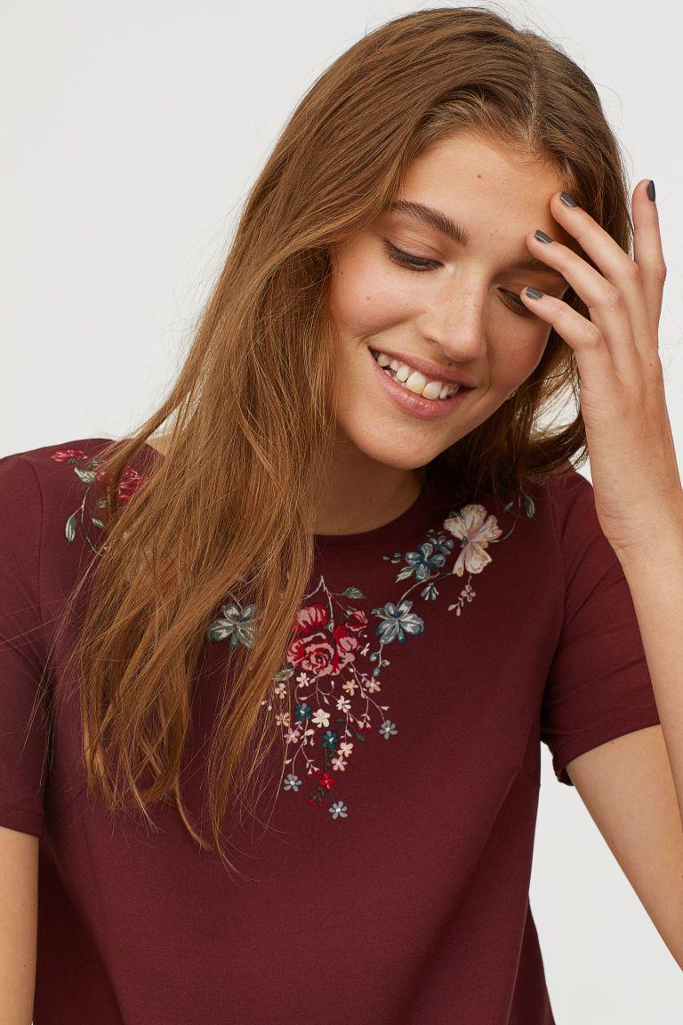 0da734c0adf3 Kortärmad klänning - Vinröd/Blommor - DAM | H&M SE 2