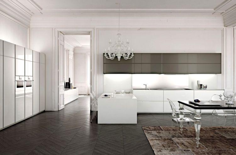 Une cuisine élégante avec des armoires blanches et grises