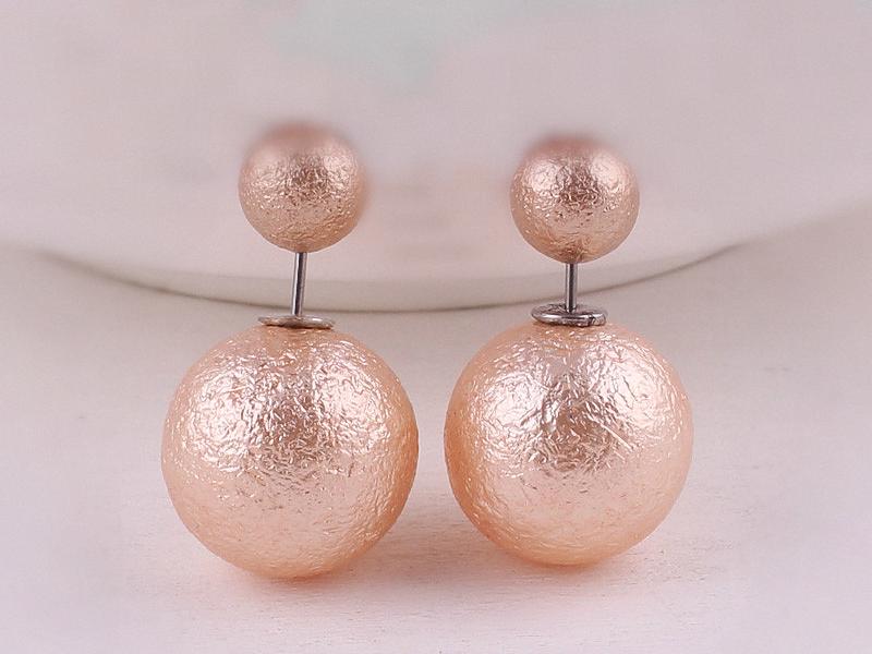 Ohrringe - QUEEN rosegold farbene Perlen Ohrstecker Ohrringe - ein Designerstück von Kleines-Karma bei DaWanda