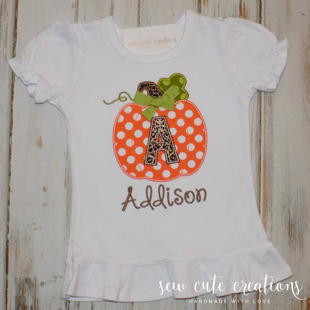 Halloween Pumpkin shirt - Pumpkin Patch shirt - Pumpkin patch outfit - Fall pumpkin shirt - Thanksgiving outfit - sew cute creations #pumpkinpatchoutf... #halloween #patch #pumpkin #Shirt #pumpkinpatchoutfitwomen