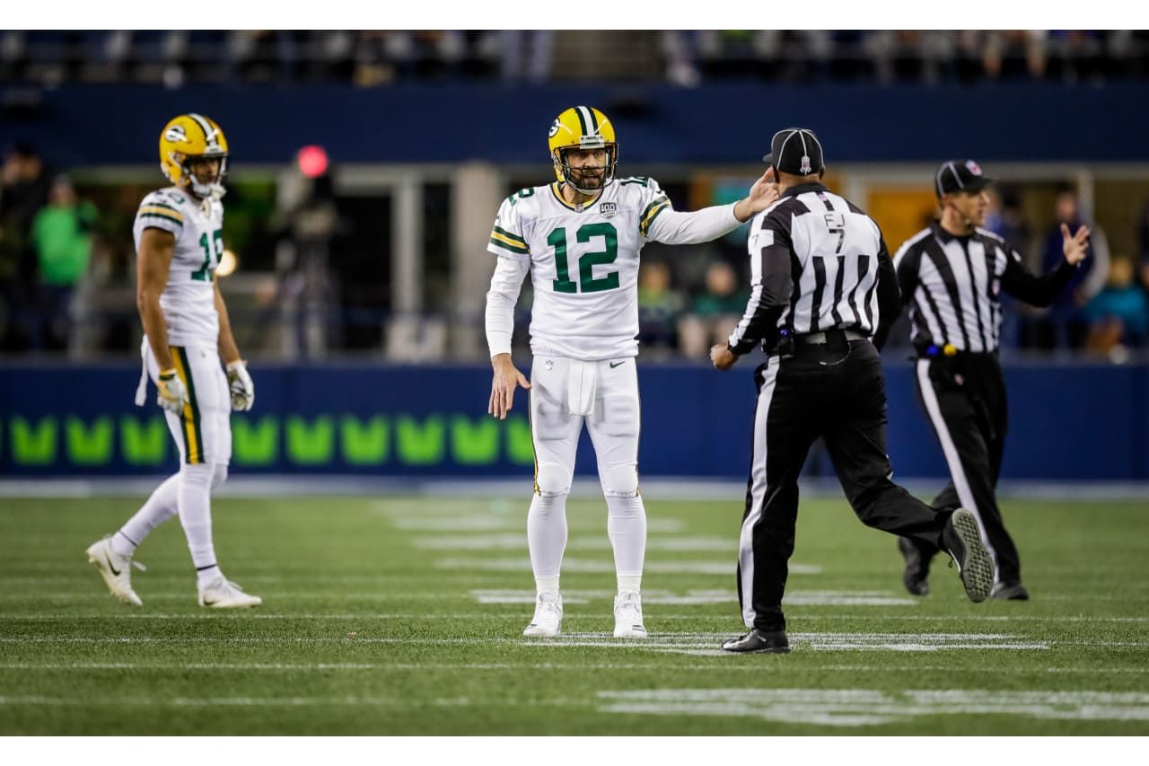 Aaron Was Not Happy With The Refs Call In This Photo 11 15 2018 Aaron Rodgers Packers Fan My Love