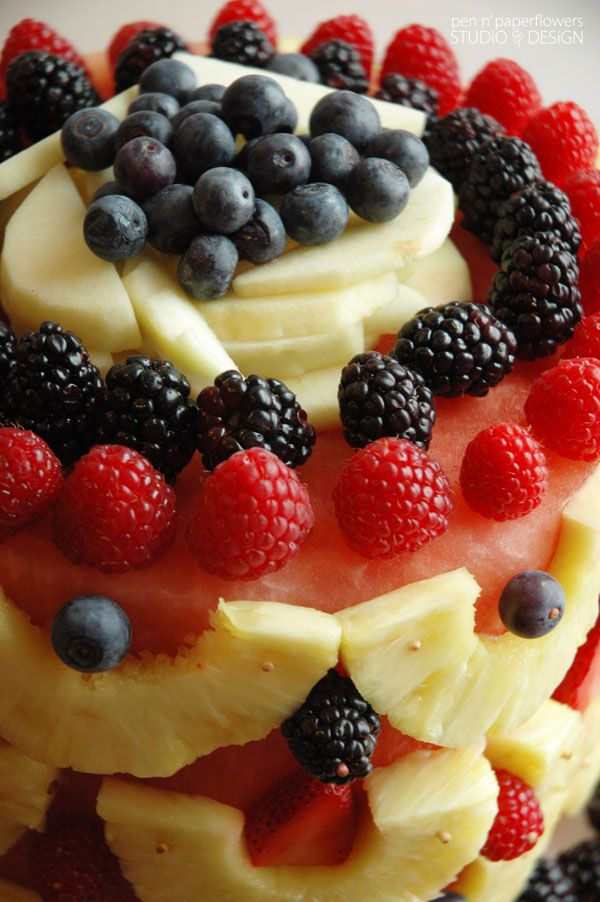 Pen N' Paper Flowers: GOOD THiNGS   Best Ever {Fresh} FRUiT Cake