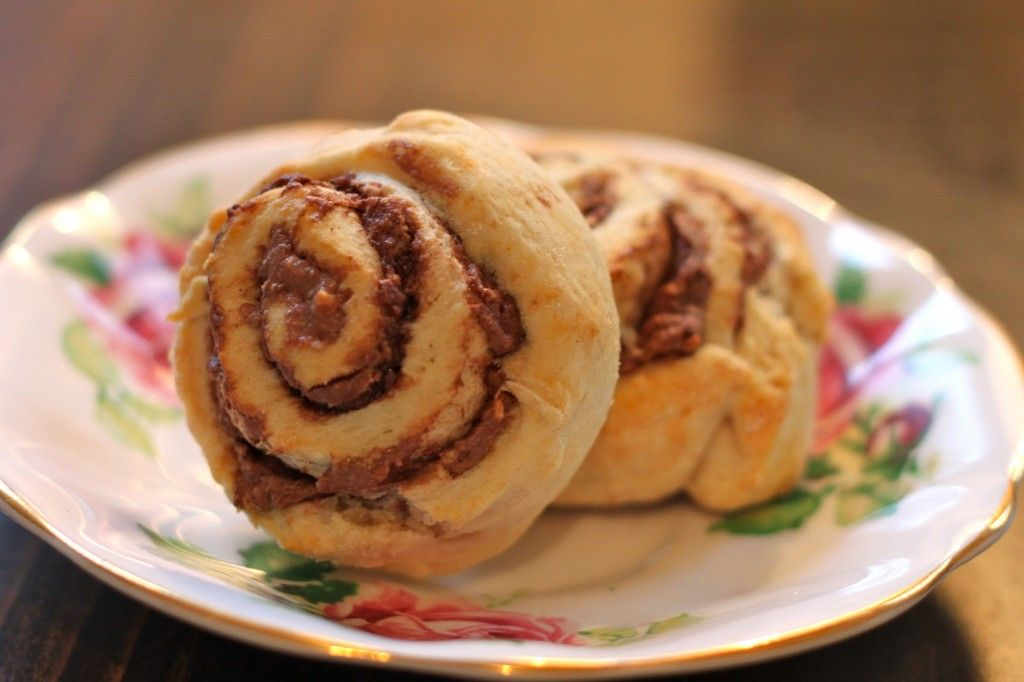 Crunchy Nutella & Peanut Butter Cinnamon Rolls   Cinnamon ...