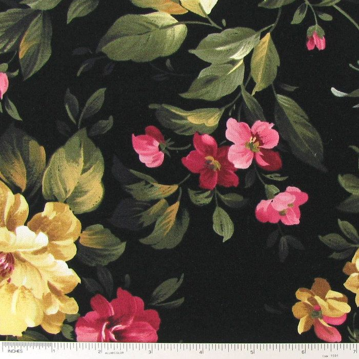 cottage roses on black cotton calico fabric diy sewing pinterest rh pinterest com cottage rose fabric collection rose cottage quilt fabric