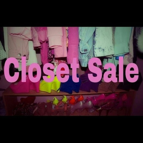 Poshmark sale sign Come on and shop my closet for the ...