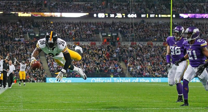 Pittsburgh Steelers running back Le'Veon Bell's first career touchdown in London against the Minnesota Vikings, September 29, 2013.