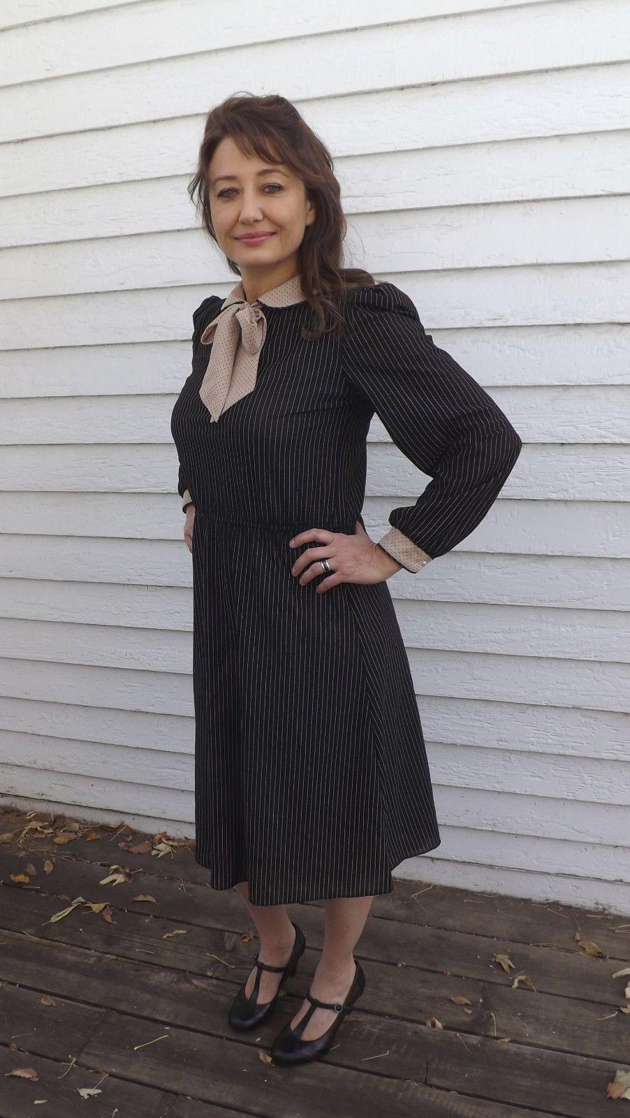 70s Black Striped Dress Pinstripe Secretary M Long Sleeve Neck Bow Luci Fellini | eBay