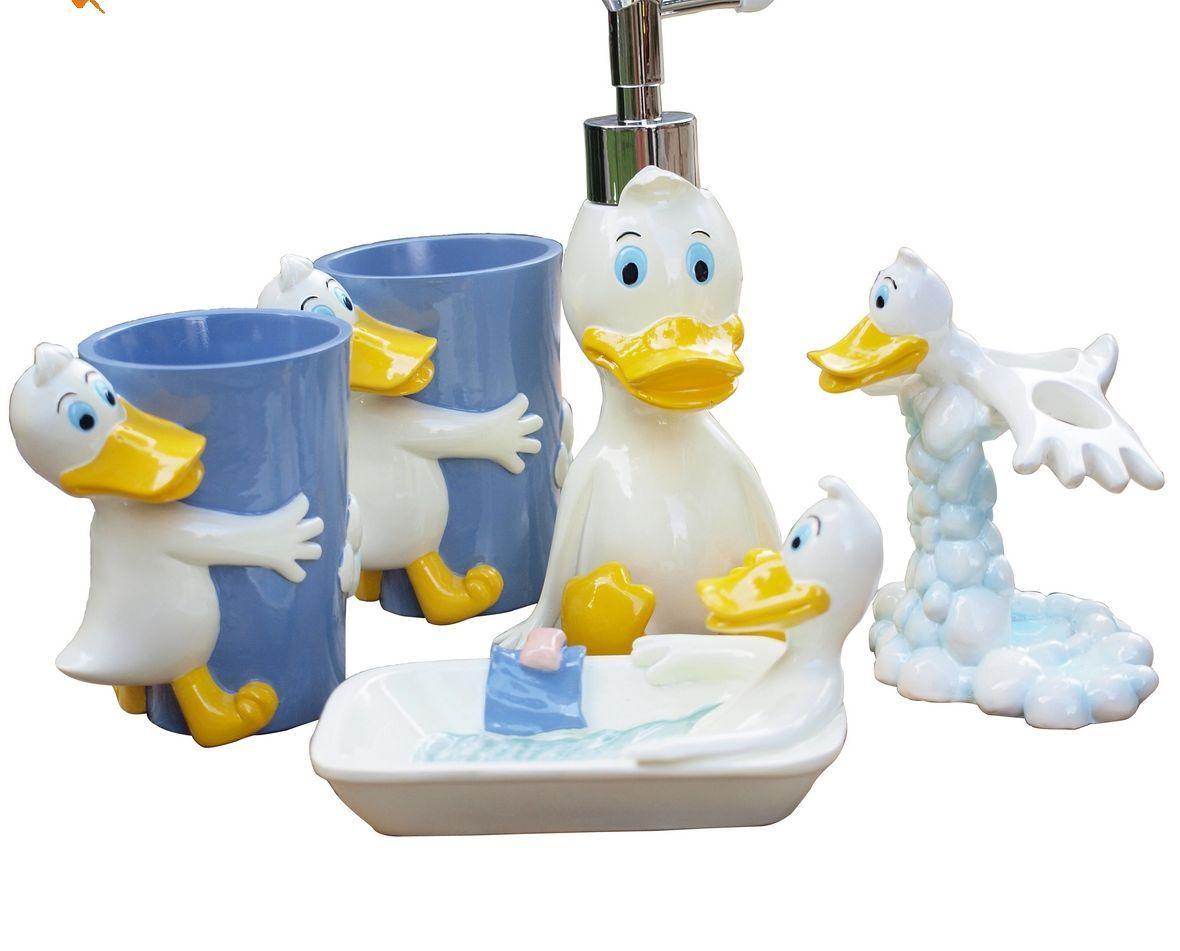 Bathroom , Making Pleasant Atmosphere with Cute Ducky Bathroom ...