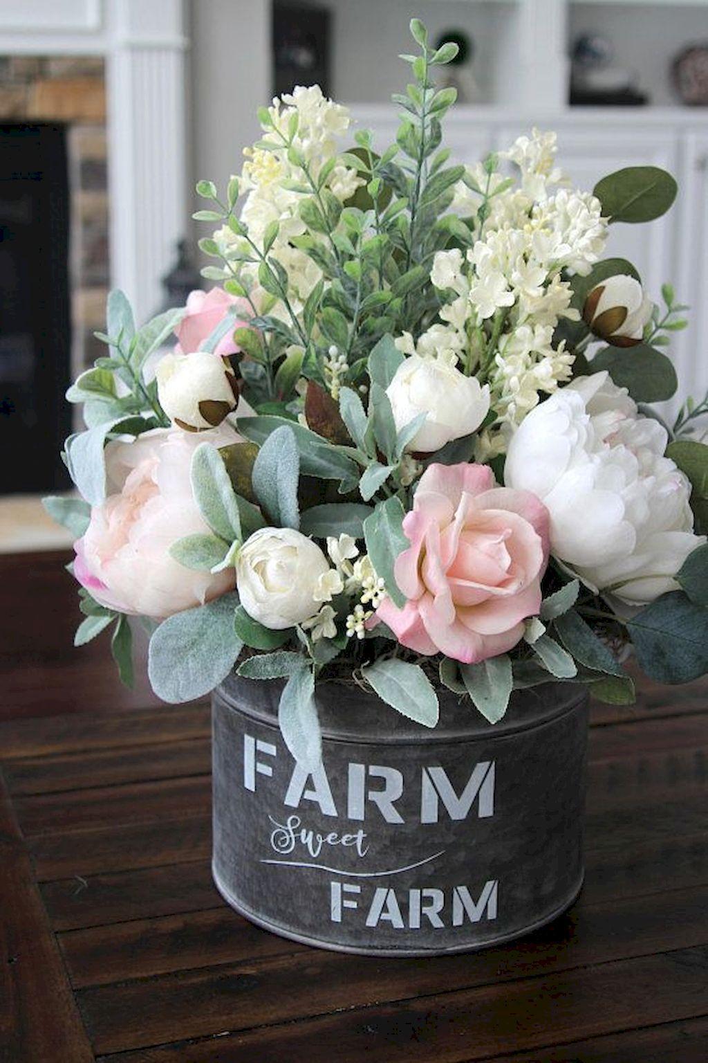 Photo of 70 Catchy Farmhouse Spring Decorating Ideas – Decoradeas
