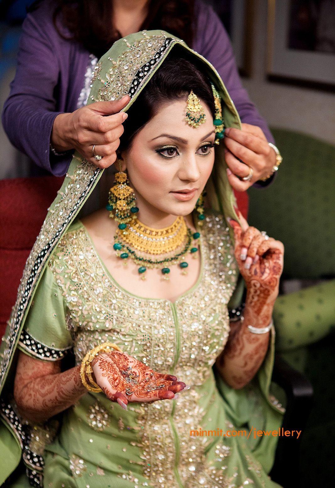 Muslim Bride Wearing 22carat Gold Jewellery With Emerald Drops