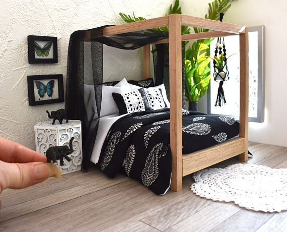 BEDDING SET Modern Miniature 1:12 Dolls House Bed Linen Black & White Boho 6 Piece Paisley Print Mini Dollhouse Comforter Throw Pillows - #dollhouse