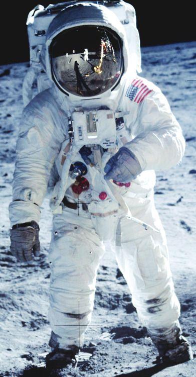 Un Petit Pas Pour L'homme : petit, l'homme, Apollo, Armstrong, Becomes, First, Astronaut, Lunar, Surface,, 1969., Space, Nasa,, Program,