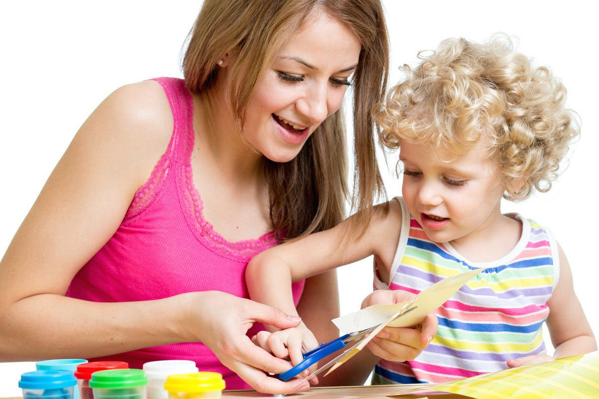 <p>A monthly art, craft and science based subscription box for 5-8 year kids. Designed to nurture the child's curiosity and creativity.</p>