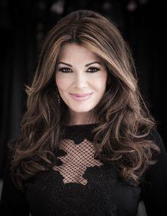 Pin By Katherine Raley On Hair Styles Lisa Vanderpump Celebrity Hairstyles Long Hair Styles