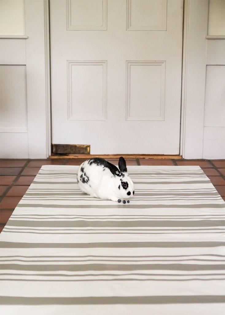 Diy The Swedish Striped Canvas Floorcloth Remodelista Floor Cloth Painted Floor Cloths Diy Canvas